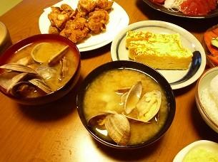 アサリ味噌汁と厚焼き玉子.jpg