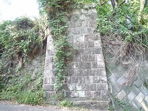 五号橋台を正面から.jpg