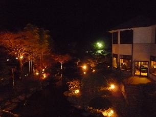 宿の灯り.jpg