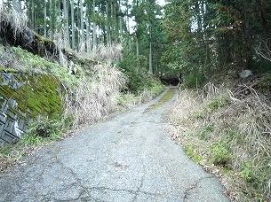 山の神への道2.jpg