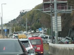 渋滞が続く.jpg