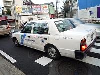 渋滞のタクシー.jpg