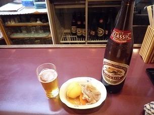 瓶ビールと肉ジャガ.jpg