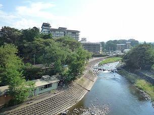 舌切り雀のお宿磯部ガーデン.jpg