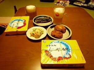 シウマイ弁当とジャン母のお惣菜.jpg