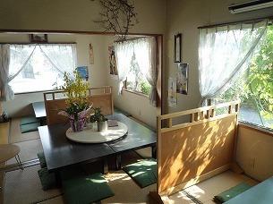 明るい日の座敷.jpg