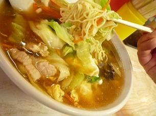 東竜麺と具.jpg