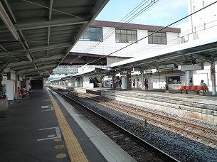 籠原駅ホーム2.jpg